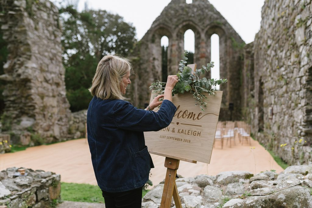 Wedding Florist Outdoor Wedding Grey Abbey